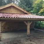 Eikenhouten blokhut met veranda